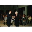 DMK, 1e CD voor burgemeester Smeets 1996.jpg